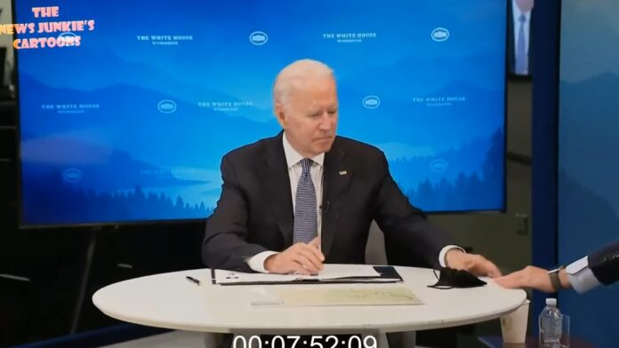 Staffer Hands Biden a Note: Sir There's Something on Your Chin...
