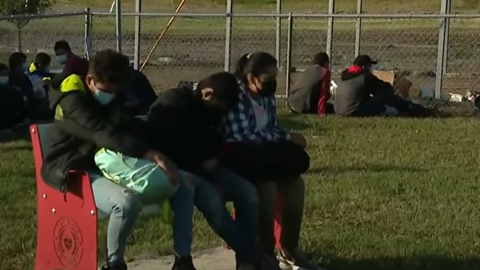 Must See Exclusive Footage Massive Influx of Illegals, Absolutely Huge...