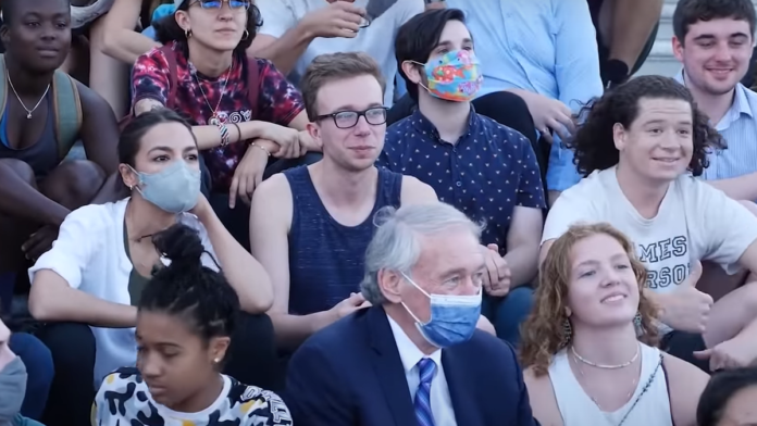 Pandemic Performance AOC Masks Up for Photo Opp, Then Removes It...