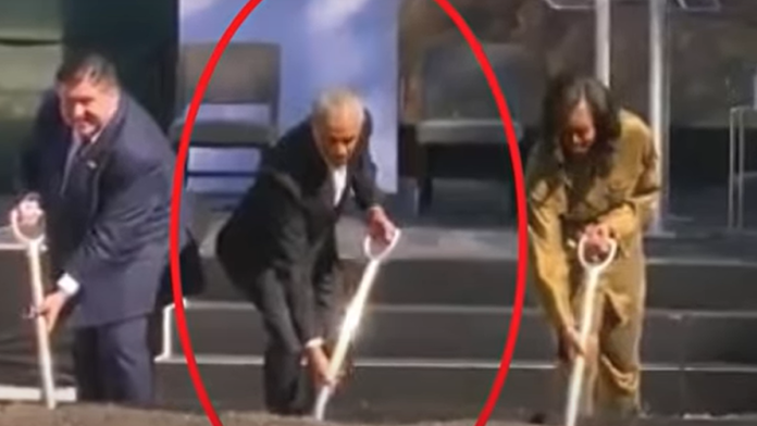 People Noticing Something About Obama's Face as He Broke Ground on His Library