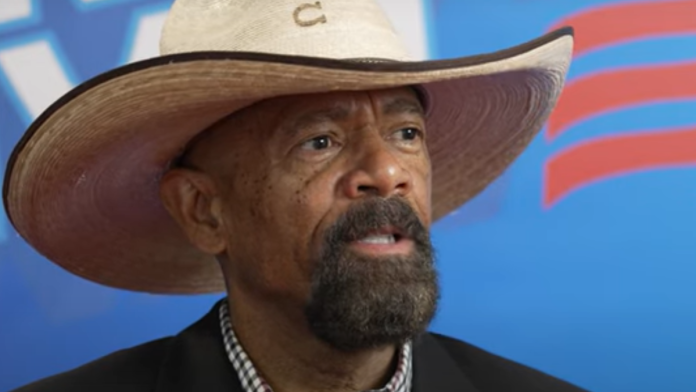 Sheriff Clarke Delivers an URGENT Message that Every American NEEDS to Hear Right Now..